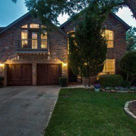 2206 Pecan Grove Ct Dallas, TX 75228