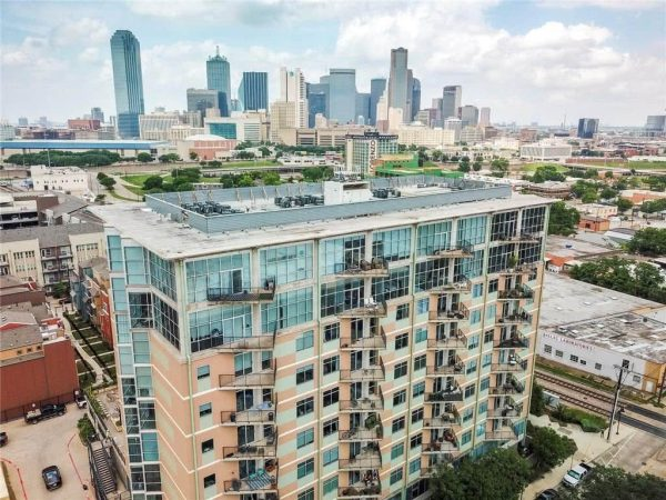 Belleview St - Downtown Condo Listing