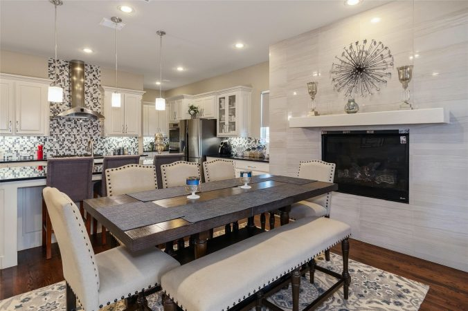 Property Listing - 7601 Normandy