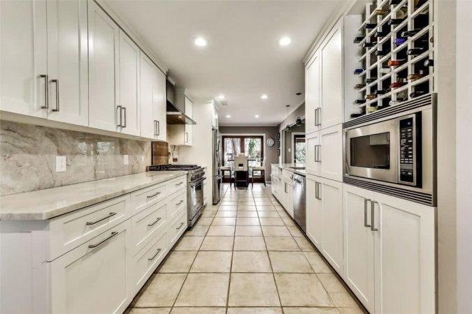 10830 Aladdin Dr - Property Listing