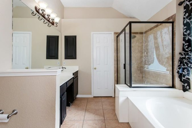 1121 Courtney Lane - Real Listing