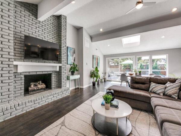 7224 La Cosa - Property Listing