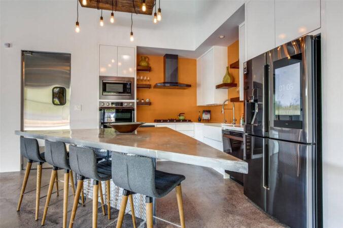 1380 River Bend Condominiums