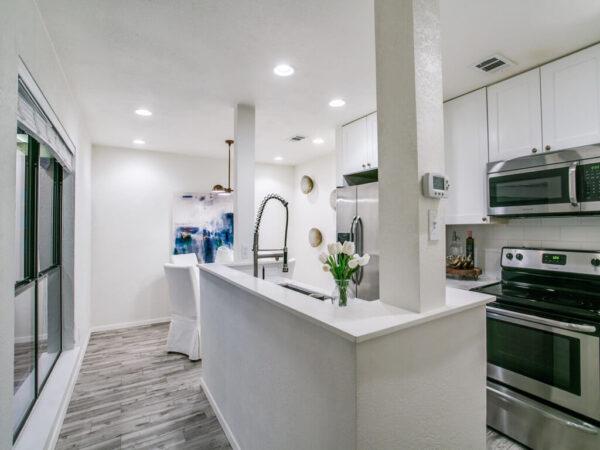 Property Listing -3945 Buena Vista St
