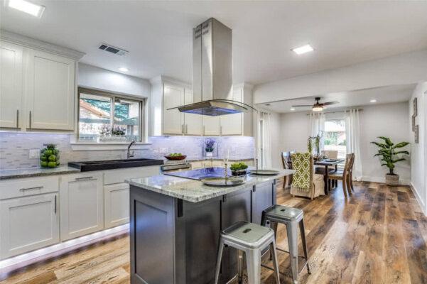 Property Listing: 2113 Leon Drive