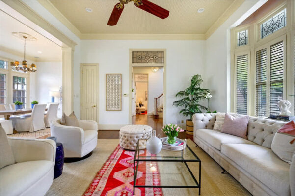 Property Listing: 2309 Boll Street
