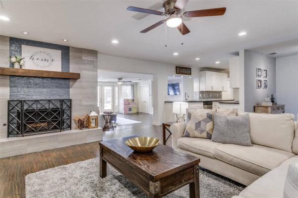 Dallas Property: 3865 Antigua Dr