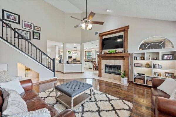 Modern Living Group Listing: 4914 Harborview Blvd